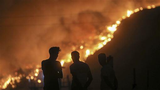 土耳其野火狂燒 吳鳳心痛貼照求這事