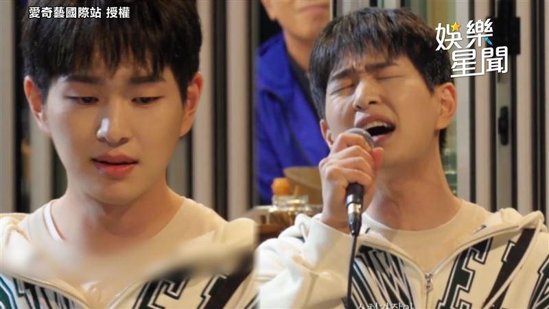唱鐘鉉作詞歌曲 溫流忍淚中斷演出