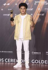 桑布伊獲得金曲32最佳原住民語歌手獎。(記者/邱榮吉/攝影)