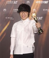 盧廣仲獲得金曲32年度歌曲獎。(記者/邱榮吉/攝影)
