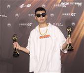 蛋堡獲得金曲32華語男歌手。(記者/邱榮吉/攝影)