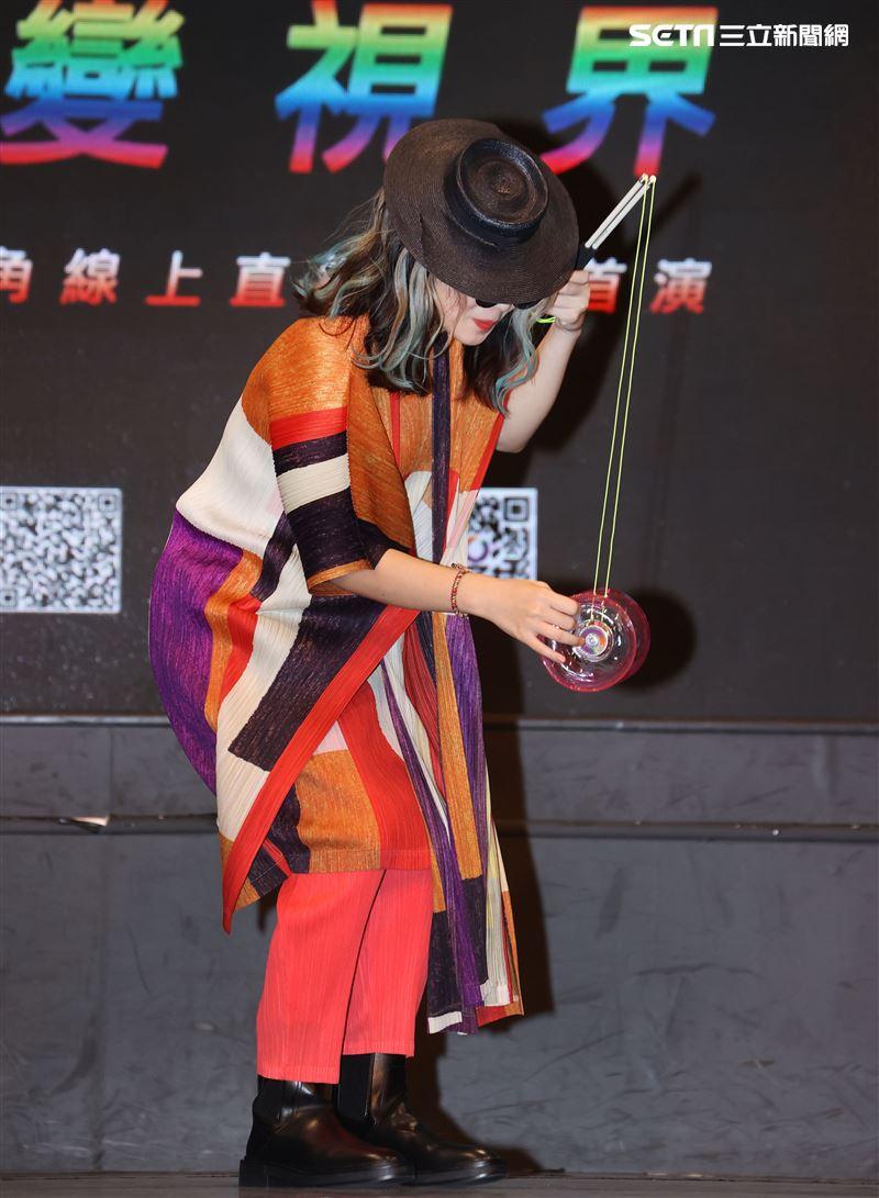 ?te壞特出席「VALO首部曲-阿米巴」Online限定5G多視角全球首演媒體發布會。(記者邱榮吉/攝影)