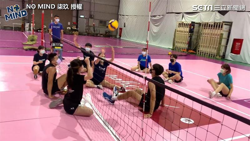 帕運排球坐著打 球員體驗超崩潰