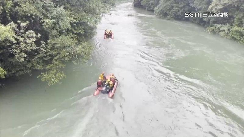 虎豹潭仍有2童失聯 560人搜救