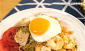 炒麵再升級 主廚示範豪華海鮮營多麵